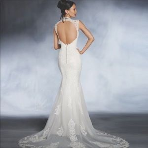 Alfred Angelo Wedding Dress. New unaltered